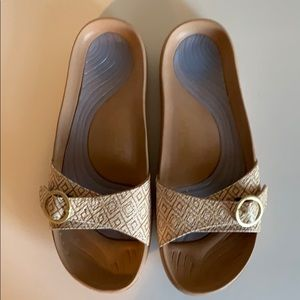 Women's Cheeks Excercise Sandals